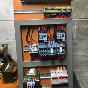 Fabricante de painel para máquinas operatrizes