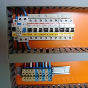 Quadro de comando elétrico residencial